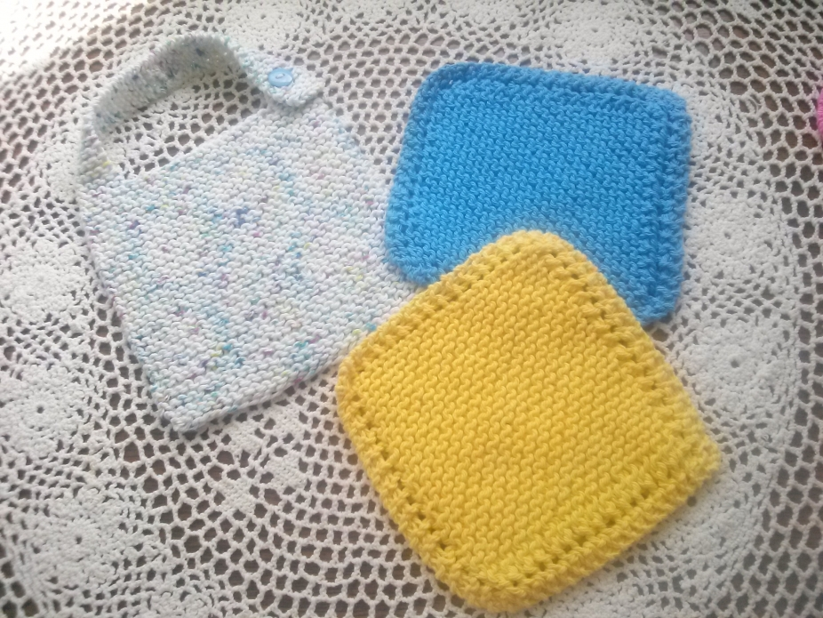 Spatter Of Color Hand Knit Bib And Washcloth Set