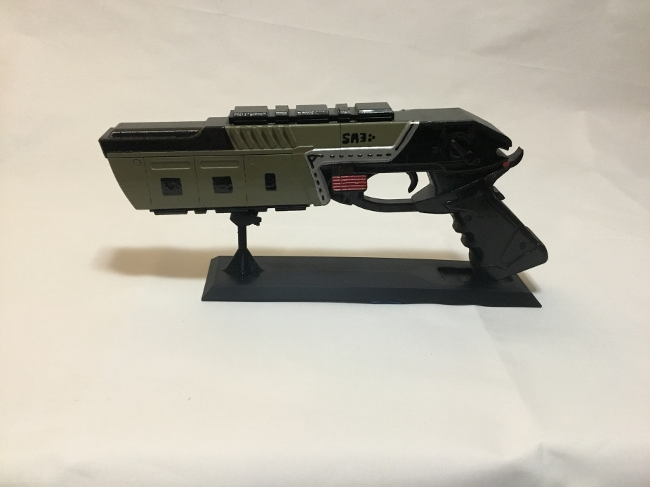 Apex Legends Mozambique Full Size Replica by Quinn Goods