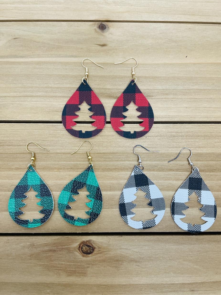 Buffalo Check Christmas Tree Teardrop Leather Earrings
