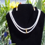 Mother of pearls and gold filigree beads
