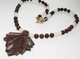 MAple leaf gemstones necklace