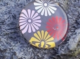 Large Round Glass Pendant - Chinese Flowers