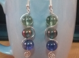 Curvy tri color bead earrings