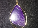 Purple agate stone pendant with gold color wire