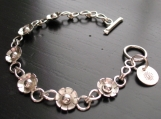 Flower link bracelet with Toggle Clasp