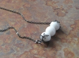 SIMPLICITY White Agate and Gunmetal Necklace
