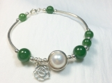 High quality freshwater pearl & nephrite sterling silver bangle