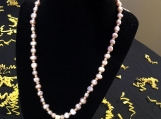 So Feminine Pearl Necklace