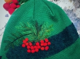 Felt hat with embroidery
