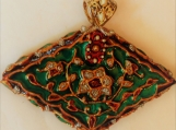 diamond shape emerald kundan meenakari style glass pendant
