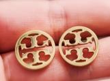 Women's earrings 18k gold plated, round T fashion stud earrings