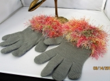 knit gloves faux fur knit cuff gray with multi peach cuff