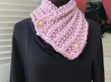 Women's 2-Buttonhole Knitted Collar/Cowl -  Quartz Pink