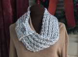Womens Mobius Scarf - Cream/Light Grey