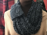 Women�s Mobius Scarf - Dark Grey with Pull Through Loop