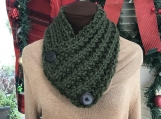 Women's 2-Buttoned Knitted Collar/Cowl -  Green