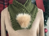 Women's Neck Warmer with Faux Fur Pom-Pom Closure- Green