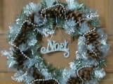Silver Noel Wreath