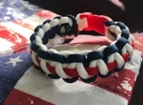 Paracord USA bracelet with buckle