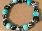Bracelet - turquoise/black beaded