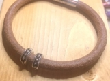 Leather bracelet - beaded natural