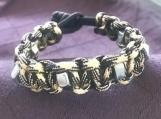 Paracord bracelet black camo with fidgets