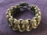 Paracord bracelet olive knotted camo