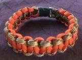 Paracord bracelet orange camo