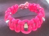 Paracord bracelet pink with fidgets