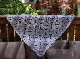Crochet Skull Shawl, light grey