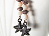 Dangling starfish drop earrings