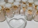 Essential oils Roses bath soak,dead sea salt,spa essentials,wedding favors,baby shower,Mineral Rich Skin Hydration,birthday,relaxation