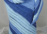 Knitted Womens Blues Striped Ribbed Triangular Shawl