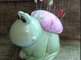 Pin Kushion Re-purposed Green Frog