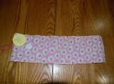Daisy and yellow dots crayon holder coloring