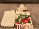 Tea Towel Topper apples on branch(off white)