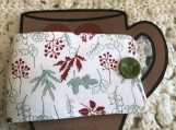 Holiday Mug Cozy Wrap- Berries and Ferns