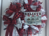 Believe in the Magic Christmas Wreath
