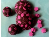 Choco-Strawberry Floral Swirls, 12 piece bead set