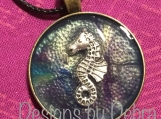 Round Pendant with Seahorse #3915