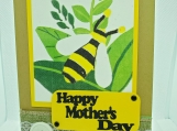 Bee Mom Card