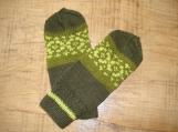 Handknit women woolen mittens