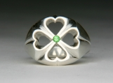 Clover ring with Tsavorite garnet in Silver