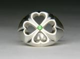 Clover ring with Tsavorite garnet in Silver