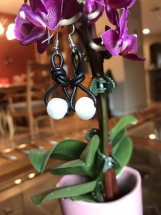 "Handcrafted ""BoHo Chic"" Pearl And Leather Earrings"
