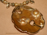 VD451 Blister Pearl Necklace