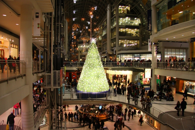 Swarovsky Christmas Tree at Eaton Center, Toronto.