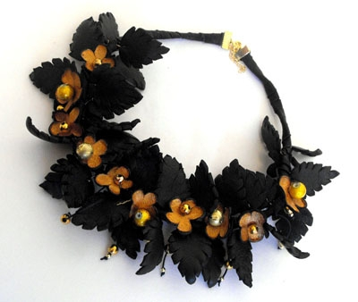 Handmade leather floral branch necklace. Bronze and black.