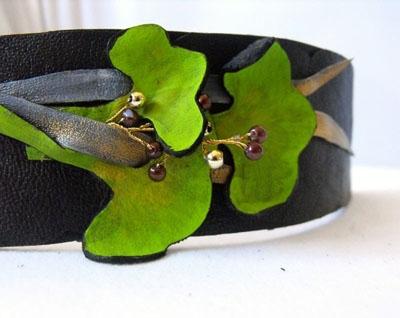 Handmade leather cuff bracelet - Ginkgo leaves leather cuff bracelet by Julishland.