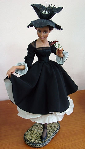 Lady in black Doll, Zoya-Brilliantova